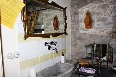 camera l'ulivo. Il bagno