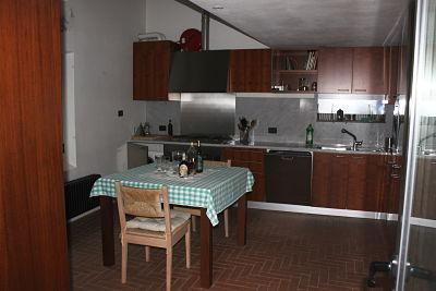 la cucina della casa nel borgo